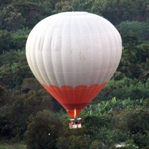 Lanka Ballooning Pvt Ltd 4R-BLN Sri Lanka Balloon Uluer Group